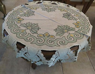 """Antique Tablecloth Embroidered Arts and Craft Table Cover Centerpiece 36"""" Round"""