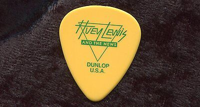 HUEY LEWIS AND THE NEWS 2015 Concert Tour Guitar Pick!!! custom stage Pick #2