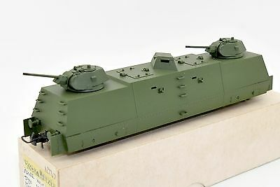 REModel HO WAGON MILITAIRE BLINDE AVEC CANONS WWII URSS CCCP USSR TOY