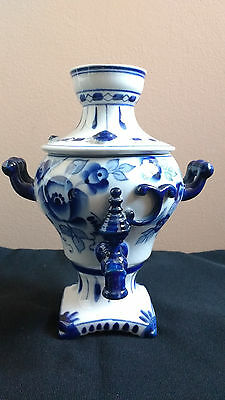 Vintage GZHEL Russian Porcelain Blue and White Decorative Samovar