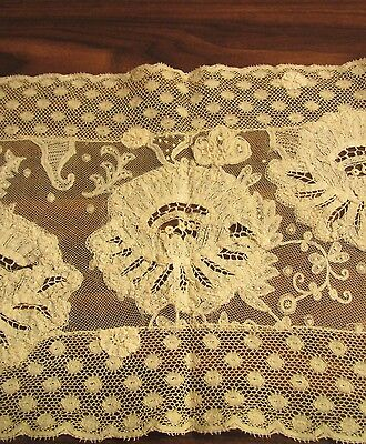 Antique French Normandy LACE Tray Mat Placemat Centerpiece Handmade Lacework