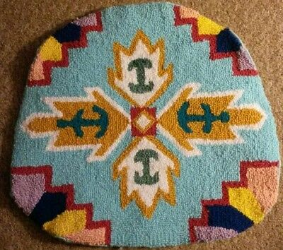"Handmade Antique Rug Hooking NATIVE AMERICAN MOTIF 18"" x 16 3/4"" WOW!!!"