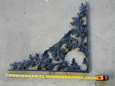 "(1) XL Antique Porch Bracket 25"" x 25"" Corbel Cast Iron Architectural Salvage"