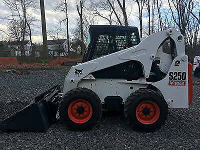 2004 Bobcat S250 Skid Steer