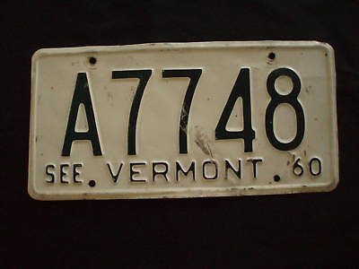 1960 Vermont License Plate   A7748