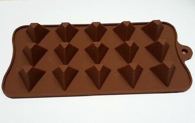 Pyramid Triangle Food Grade Silicone Mould Chocolate Cake Candy Tray Brand New