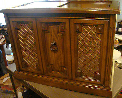 Magnavox Record Player Cabinet With 8 Track | Mail Cabinet