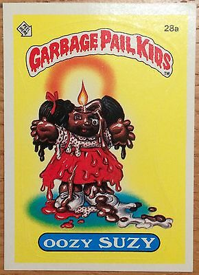 Oozy Suzy 28a Garbage Pail Kids US Series 1 Sticker(1985)Vintage ~ Topps ~ VGC