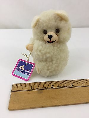 "Vintage 1986 Russ Snuggle Bear Clip Pinch Squeeze Hands With Tag Tiny 3"" High"
