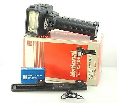 NATIONAL PE-3066G Electronic Flash, Hammer Head f/ FILM, GN 30, Boxed.