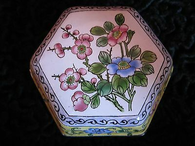 Antique Vintage Chinese Canton Enamel Box Unusual Hexagon Shape Famille Rose
