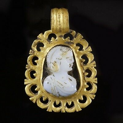 Roman Gold Pendant with Empress Cameo