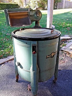ANTIQUE WORKING Speed Queen Wringer Washing Machine-MINT GREEN Color-1920