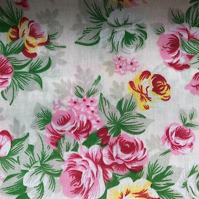 """Printed Poly Cotton Ivory with Pink /& Yellow Flowers 115cm 45/"""" wide 406 DD"""