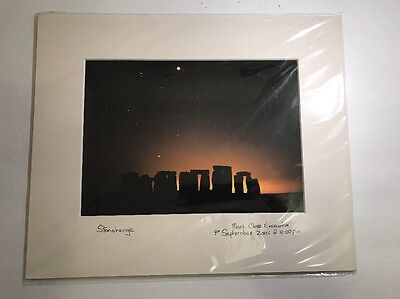Mars Close Encounter Photograph Over Stonehenge (4th September 2003 @ 11.00 pm)