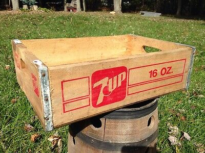 Vintage 7up 16 oz. Soda Pop Wooden Crate wood case, beverage advertisement decor