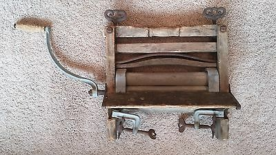 Old Antique Vintage Wringer Wooden Roller Washing Machine