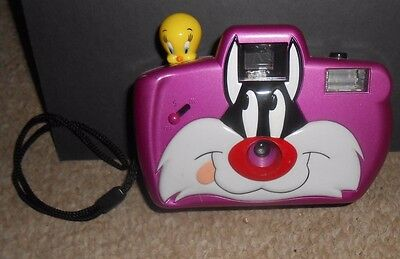 Vintage Rare 1999 Sylvester And Tweety Bird Camera Warner Brothers Collectible