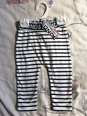 BNWT Bonds stretchies leggings Size 0, 6-12 Months. Black And White Stripe