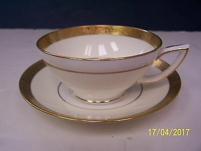 Minton WESTMINSTER Cup and Saucer  # K - 154