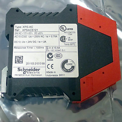 Schneider Electric Telemecanique Xpsac5121 Safety Relay 3Pst-No 24V 1.5 A