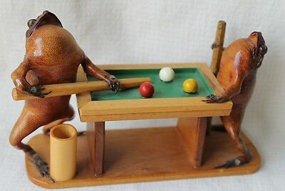 VINTAGE TAXIDERMY FROGS PLAYING POOL ON WOOD POOL TABLE Toothpick Holder RARE!