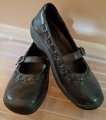Women's KEEN Black Leather Buckle Mary Jane Flats Sporty Shoes Size 7 NWOB