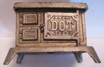 "Darling Antique Cast Iron Toy Doll House Kitchen Stove 3  5/8"" Kenton DOT 1920s"
