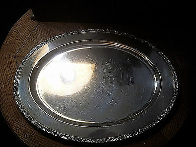 Wm Rogers & Son Oval Serving Tray Platter in Primrose - Vintage