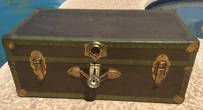 Vintage Genuine Spaulding Vulcanized Fibre Co. Brown Green Large Steamer Trunk