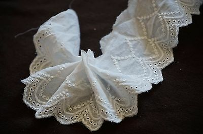 1.50 M Broderie anglaise écru 70mm REF 1335