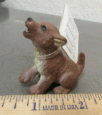 Safari Ltd #222929 Wolf pup Figurine, 1.5 inches long, beautiful collectible