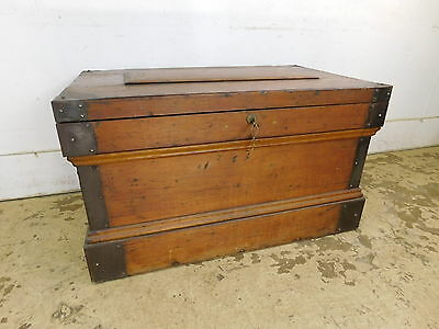 Antique Carpenter Tool Box Chest Trunk Quartersawn Oak Coffee Table Locks w Key
