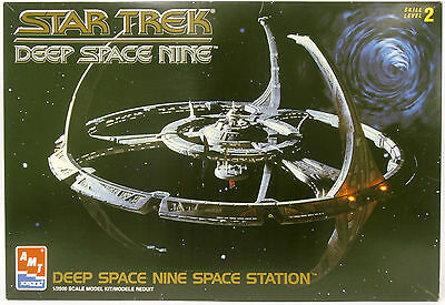 AMT/Ertl 8778 | Star Trek Deep Space Nine | 1:2500  -NEU-