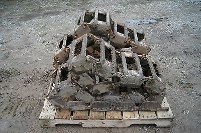 GROUSER Steel Loader Skid Steer TRACTION Tracks Bobcat New Holland Cat 10 x 16.5
