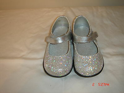 Girl's Toddler Mary Jane Silver Sparkley Shoes Size 4 NWOB