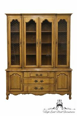 THOMASVILLE Tableau Collection 62″ French Provincial China Cabinet 701-29
