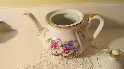 Pretty Perfect Pansy Porcelain Teapot Gold Tipped Unmarked Sadler?