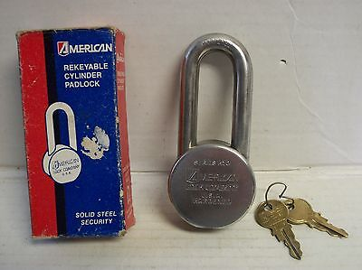 "American Lock Series H10 USA. Hardened 2"" Shackle With Two Keys"