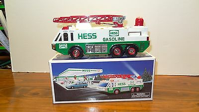 1996 Hess Emergency Truck Fire Rescue Lights Sound New in Box