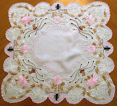 Antique Silk Wedding Handkerchief Canton Chinese Embroidered Figural Embroidery