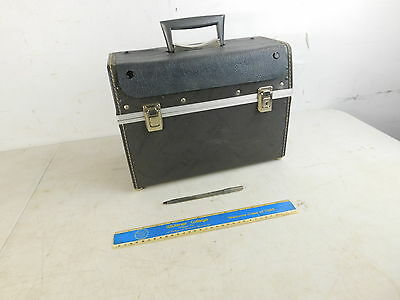 Vintage MCM 1960s Hard Case Covered Screen Small Pet Carrier w Handle 14 x 10