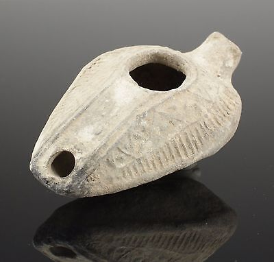 Quality Ancient Roman Clay Terracotta Oil Lamp - Circa 100Ad 02
