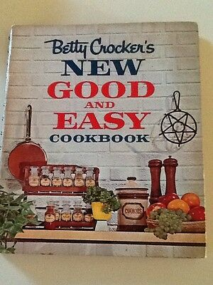 Vintage 1962 Betty Crocker's New Good & Easy Cookbook 1st Edition Hardcover