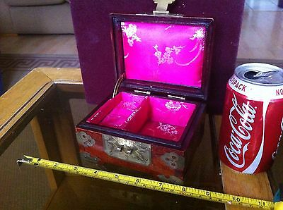 Chinese Beautiful Fine Wooden Pink Lined Jewellery Box Gorgeous