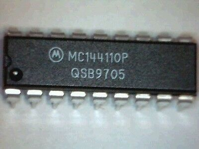 MC144110P Digital-to-Analog Converters (DAC) with Serial Interface DIP-18