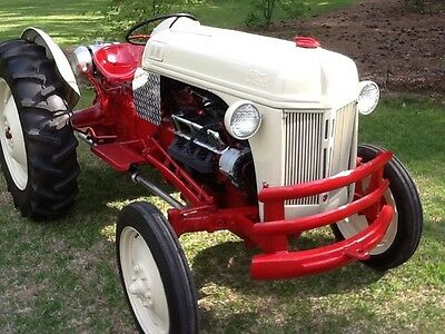 1948 Ford 8N tractor with 302 v8 engine