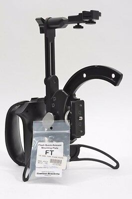 MINT- MAMIYA ROTACAM FLASH BRACKET FOR 645 Pro, TL, w/FT QR MOUNTING PLATE