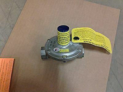 "Natural Gas Regulator, Maxitrol 325-3L  2 psi Ventless,indoor use 1/2""npt"