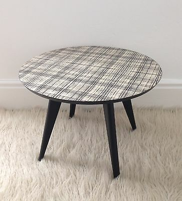 Small Vintage Round Retro 1950's Atomic Coffee Table Side Table